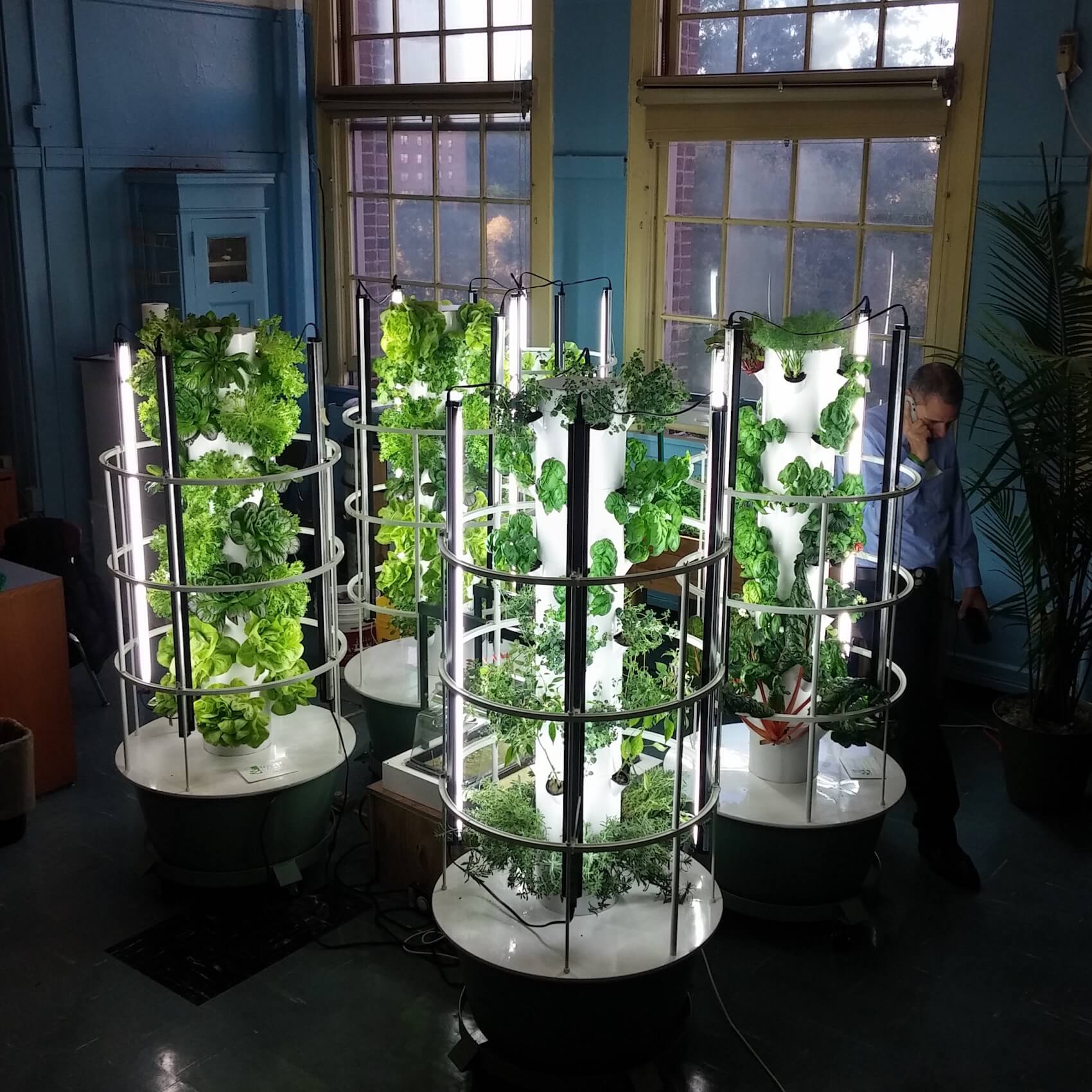This is why growing food inside is going mainstream for Indoor gardening machine